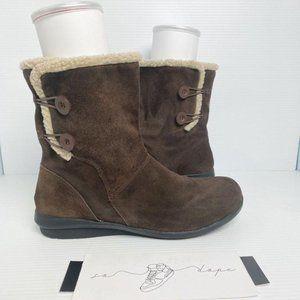 Clarks Bendables Suede Faux Fur Trim Short Boot